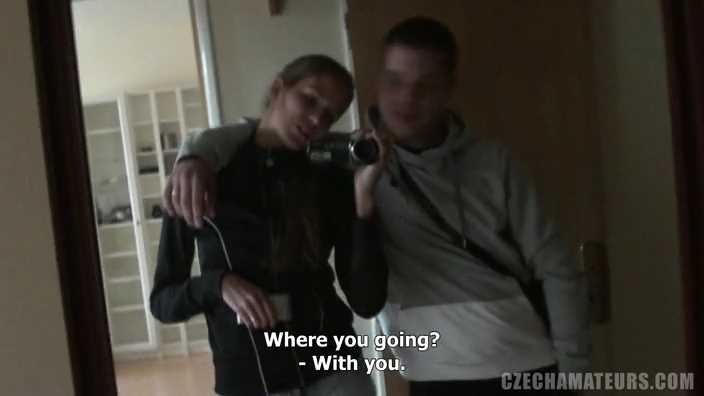 czech-amateurs-8-silvie-boyfriend-704x396-1000kbps.mp4_002140886